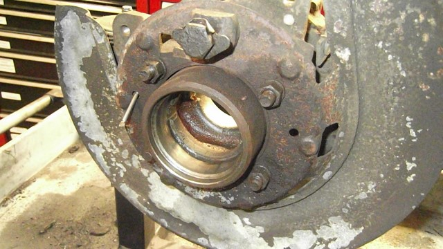 233 parking brake and axle - bearings removed from RH