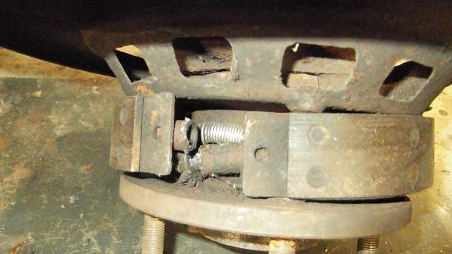 187 parking brake hardware in very poor shape