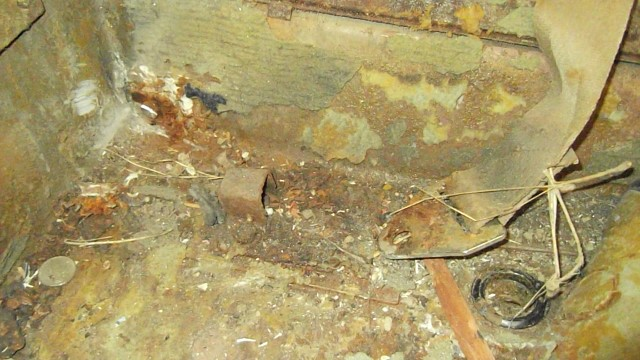 380 condition of floor and rot