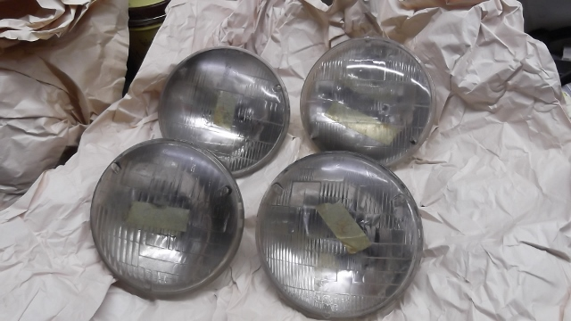 182 old generic HL bulbs