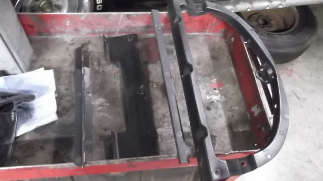 312 glove box frame to be restored