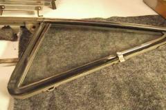 235 RH cozy glass assembly