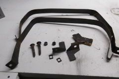 286 fuel tank straps disassembled