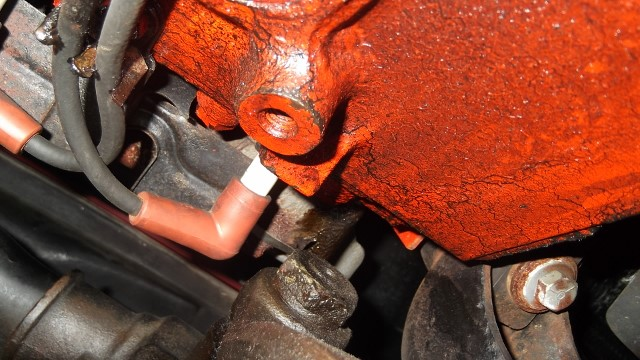 110 exhaust manifold dripping at front cylinders