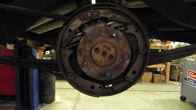153 LR brake