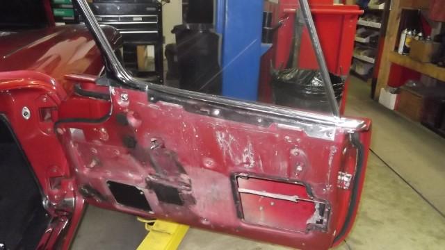 184 Rh door panel removed