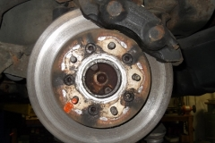 118 LR brake - rotor rivets have been drilled but rotor not installed in proper orientation for parking brake access