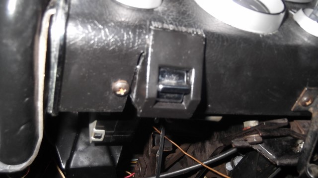 214 roll out switch mounted correctly