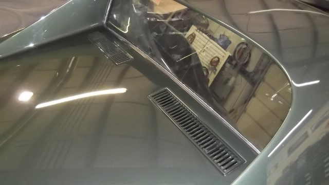 283 deck lid vents installed
