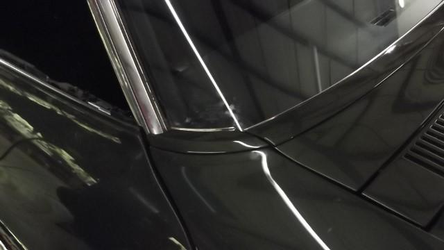 293 windshield trim, door, vent installed
