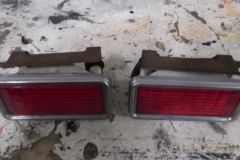 132 marker lights - 1 before detail and 1 after detail