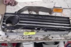 152 LH grill trim